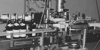 Several machines for labeling
